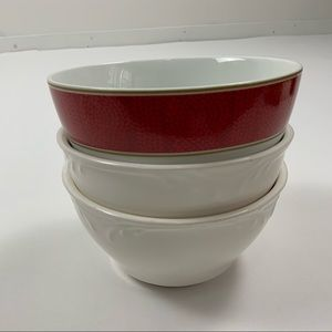 PIER 1 Fancy Cereal/Soup/Salad Bowls / Set of 3
